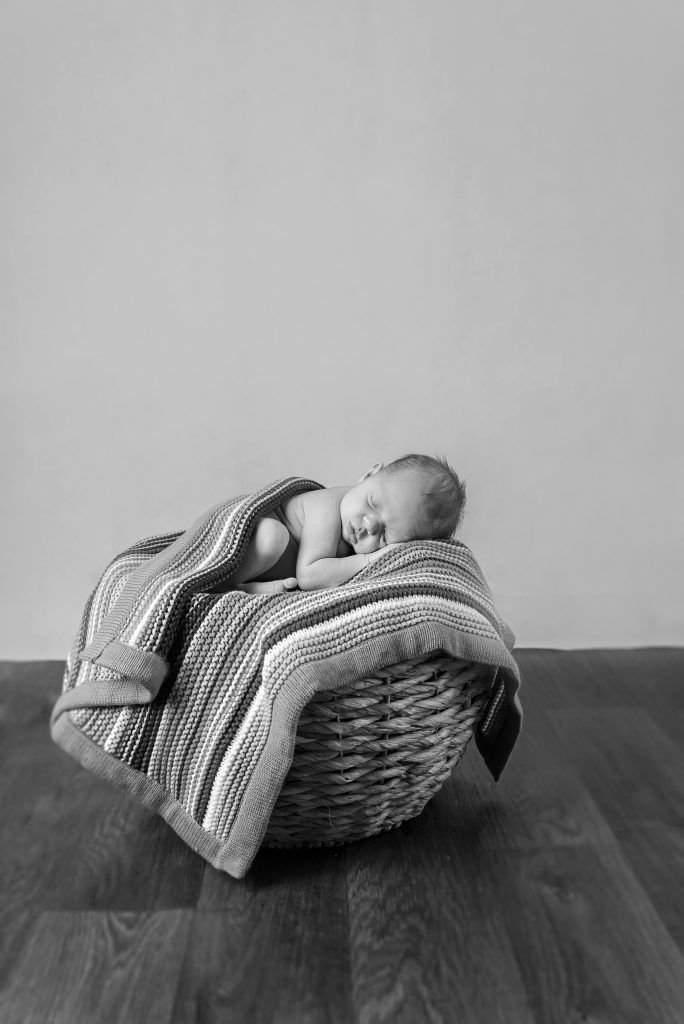 Bump to Baby Package | Manchester | Salford Quays | Madeline | Dora Horvath Photography June 18, 2016 | Dora Horvath Photography