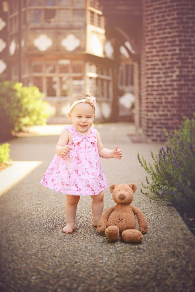 Outdoor Baby Session | Manchester | Salford Quays | Olivia | Dora Horvath Photography July 25, 2016 | Dora Horvath Photography