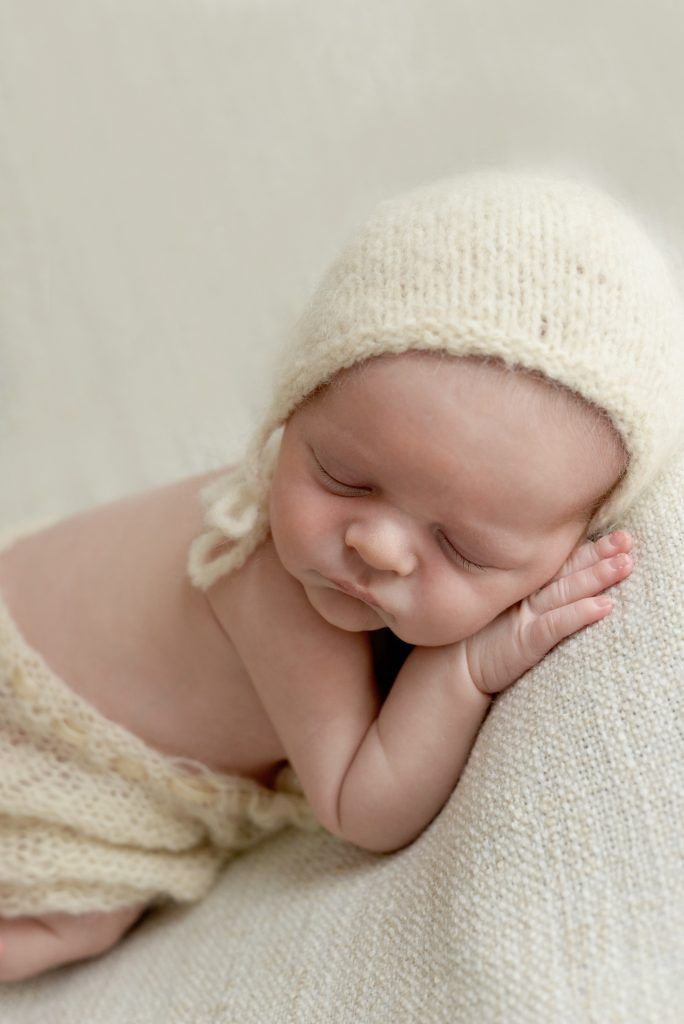 Newborn Session with Lanvin | 10 days | Dora Horvath Photography