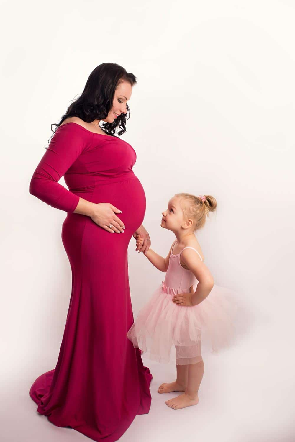 maternity image with child