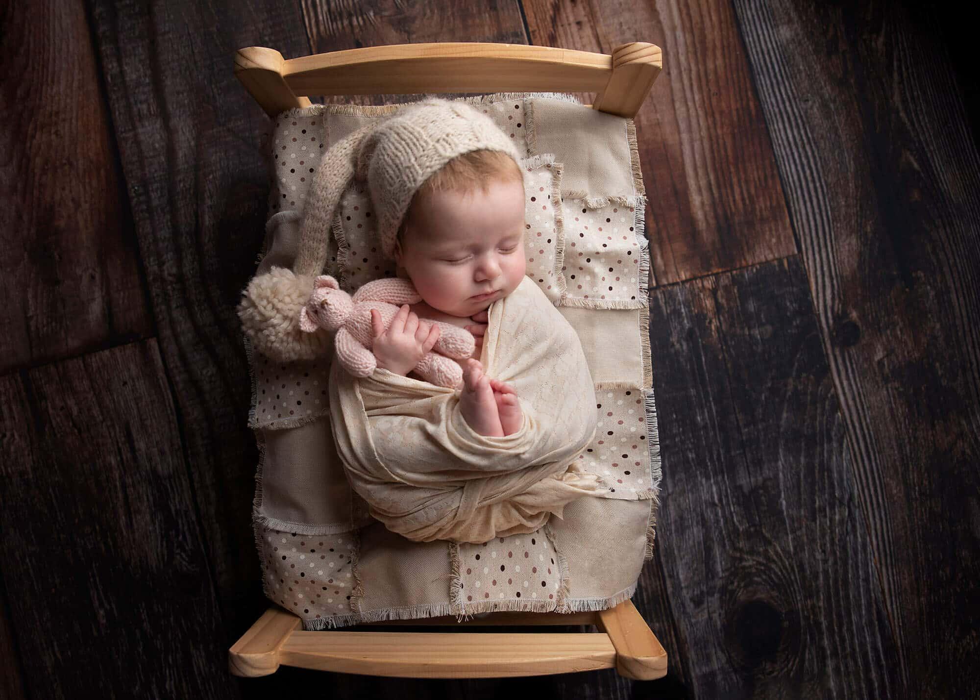 Elle newborn image