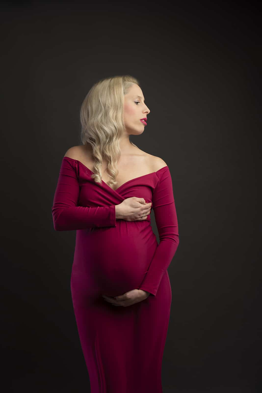 pregnancy photo taken by maternity photographer manchester